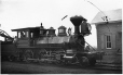MP-0000.32.18 | Locomotive et gare J. B. Brinsmade, vers 1900 | Photographie | Ferrier |  |