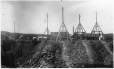 MP-0000.32.26 | Structures de la mine d'ardoise de New Rockland, près de Kingsbury, QC, vers 1900 | Photographie | Ferrier |  |