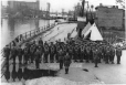 MP-0000.72.5 | Victoria Rifles group, Lachine Canal, Montreal, QC, 1939 | Photograph | Anonyme - Anonymous |  |