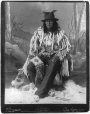 MP-0000.359.4 | Chef sarsi (Stone-Ack-Soh-Gan ou chef Bulls Head), Calgary, Alb., 1887 | Photographie | A. J. Ross |  |