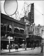 MP-0000.587.144 | The Capitol Theatre, Ste. Catherine St., Montreal, QC, about 1925 | Photograph | Anonyme - Anonymous |  |