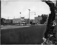 MP-0000.587.146 | Gas stations, Decarie Blvd (?), Montreal, about 1925 | Photograph | Anonyme - Anonymous |  |