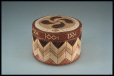 M113.0-1 |  | Container with lid | Anonyme - Anonymous | Aboriginal: Mi'kmaq | Eastern Woodlands