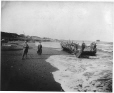 MP-0000.1224.4 | Port de New Carlisle, Gaspésie, QC, vers 1890 | Photographie | Anonyme - Anonymous |  |
