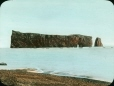 MP-0000.25.1106 | Rocher Percé, Gaspésie, QC, vers 1933 | Photographie | Anonyme - Anonymous |  |
