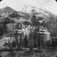 MP-0000.25.111 | Banff Springs Hotel, Banff, AB, about 1925 | Photograph | Anonyme - Anonymous |  |