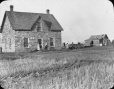MP-0000.25.121 | The old house and the new, AB, about 1910 | Photograph | Anonyme - Anonymous |  |