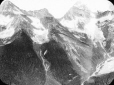 MP-0000.25.636 | Monts Sir Donald et Eagle Peak, Glacier, C.-B., vers 1907 | Photographie | Anonyme - Anonymous |  |