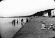 MP-0000.25.792 | Plage à Cacouna, QC, vers 1900 | Photographie | Anonyme - Anonymous |  |
