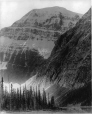MP-0000.3304.1 | Le mont Edith Cavell et le lac Cavell, C.-B., vers 1900 | Photographie | G. T. P. RY |  |