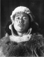MP-1976.26.59 | Inuit, Port Harrison, QC, vers 1920 | Photographie | Robert J. Flaherty |  |