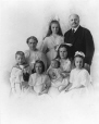 MP-1976.10.31 | Andrew Ross McMaster & family, Montreal, QC, about 1910 | Photograph | Rice |  |