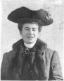 MP-1988.77.5 | Mrs. George Richard Tinning, Regina, SK, 1905 | Photograph | Anonyme - Anonymous |  |