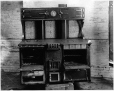 MP-1990.32.165 | George R. Prowse gas/wood stove, Montreal, QC, about 1890 | Photograph | Anonyme - Anonymous |  |