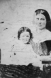 I-1630.0.1 | Miss Margaret and Missie Harriet Redpath, copied 1861 | Photograph | Anonyme - Anonymous |  |