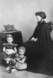 I-27574.1 | Mrs. Kilby and Children, Montreal, QC, 1867 | Photograph | William Notman (1826-1891) |  |