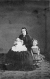 I-4248.1 | Mrs. D. Shaw and two children, Montreal, QC, 1862 | Photograph | William Notman (1826-1891) |  |