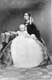 I-494.0.1 | Woman and baby, copied for Phillips in 1861 | Photograph | Anonyme - Anonymous |  |