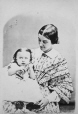 I-6019.0.1 | Mrs. Stephens and child, copied 1863 | Photograph | Anonyme - Anonymous |  |