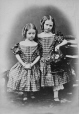 I-7150.0.1 | Annie and Adelaide Henderson, copied 1863 | Photograph | Anonyme - Anonymous |  |