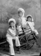 II-115354 | Les enfants de William McF. Notman, Keith, Wilfred et Russell, Montréal, QC, 1896 | Photographie | Wm. Notman & Son |  |