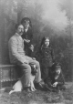II-95185.1 | Mr. Dillon, his children and dog, Montreal, QC, 1891 | Photograph | Wm. Notman & Son |  |