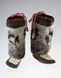M2000.28.1.1-2 |  | Bottes | Hanna Alooloo | Inuit: Iglulingmiut | Arctique central