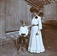 M2013.59.1.99 | Clara Smithers et Harold Bagg, 1903 | Photographie | Gwendolyn Stanley Bagg |  |