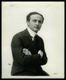 M2014.128.703.55 | Harry Houdini, New York, N. Y., vers 1919 | Photographie | Apeda |  |
