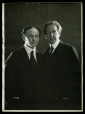 M2014.128.703.62 | Harry Houdini et Howard Thurston, New York, N. Y., vers 1920 | Photographie | Apeda |  |
