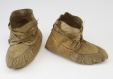 M2160.0-1 |  | Moccasins | Anonyme - Anonymous | Aboriginal: Swampy Cree or Odawa | Western Subarctic or Eastern Subarctic