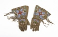 M5427.0-1 |  | Gloves | Anonyme - Anonymous | Aboriginal: Assiniboine or Nakoda | Northern Plains