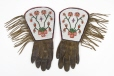 M5428.0-1 |  | Gloves | Anonyme - Anonymous | Aboriginal: Assiniboine or Nakoda | Northern Plains
