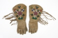 M5429.0-1 |  | Gloves | Anonyme - Anonymous | Aboriginal: Assiniboine or Nakoda | Northern Plains