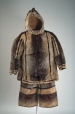 M5835.1-2 |  | Parka | Anonyme - Anonymous | Inuit: Nunatsiarmiut | Eastern Arctic
