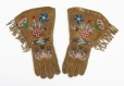 ME954.1.9.1-2 |  | Gloves | Anonyme - Anonymous | Aboriginal: Chipewyan | Western Subarctic