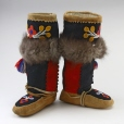 ME957.1.1-2 |  | Boots | Anonyme - Anonymous | Aboriginal: Western Cree | Western Subarctic