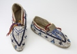 ME982X.474.1-2 |  | Moccasins | Anonyme - Anonymous | Aboriginal: Oceti Sakowin? | Central Plains