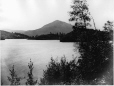 I-29024 | Vue d'Owl's Head depuis « Belmere », lac Memphrémagog, QC, 1867 | Photographie | William Notman (1826-1891) |  |