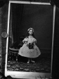 I-9036.0 | Princesse Beatrice Mary Victoria Feodore, copie réalisée en 1863 | Photographie | Mayall |  |
