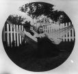 II-175592.0 | Woman and girl in hammock, copied for G. Drinkwater in 1909 | Photograph | Anonyme - Anonymous |  |