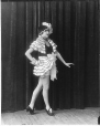 II-251461 | Mlle Finney en train de danser, Montréal, QC, 1922 | Photographie | Wm. Notman & Son |  |