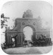 N-1984.107.138 | Arch at foot of Jacques Cartier Square, for the Prince of Wales' visit, Montreal, QC, 1860 | Photograph | William Notman (1826-1891) |  |