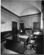 VIEW-15262 | Office, Bank of British North America, Montreal, QC, 1915 | Photograph | Wm. Notman & Son |  |