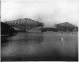 VIEW-5672 | Placing of centre span, from south shore, Quebec Bridge, Quebec City, QC, 1916 | Photograph | Wm. Notman & Son |  |