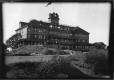 VIEW-6839 | Royal Tour: Hotel Mount Baker, Oakbay, Victoria, BC, 1901 | Photograph | William McFarlane Notman |  |