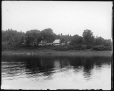VIEW-8180 | Scène sur la rivière Saint John en amont de l'allingue Douglas, N.-B., 1915 (?) | Photographie | Wm. Notman & Son |  |