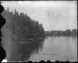 VIEW-8244 | Vue en amont de la rivière, Wellington, Î.-P.-É., 1915 (?) | Photographie | Wm. Notman & Son |  |